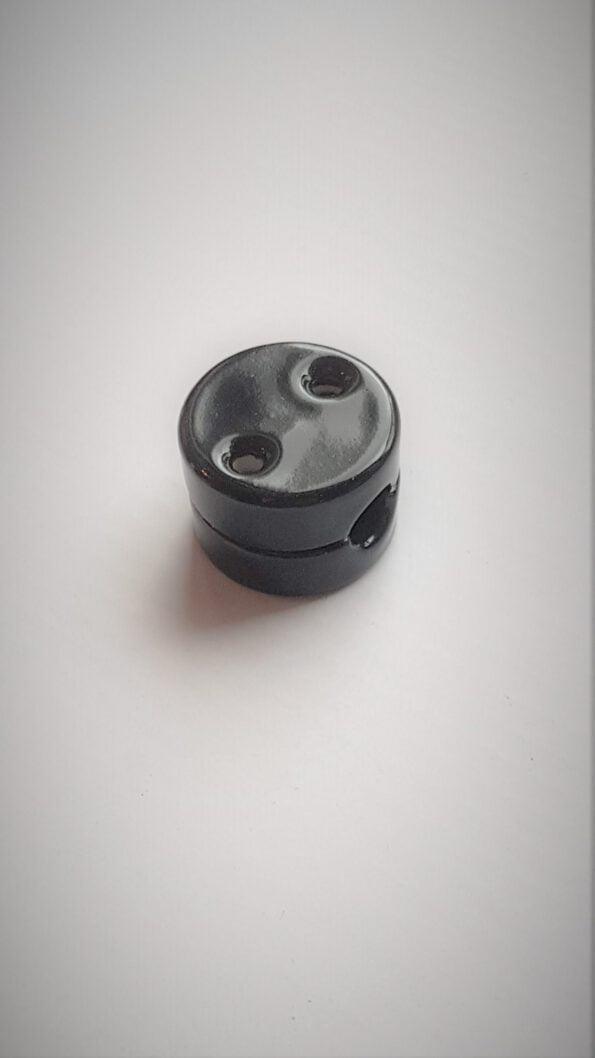 Keramikinis-izoliatorius-apvalus-juodas.jpg