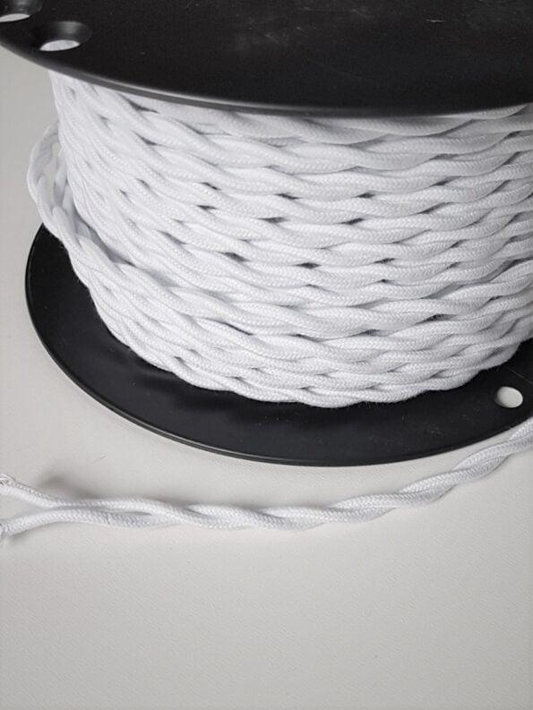 Tekstilinis baltas pintas laidas